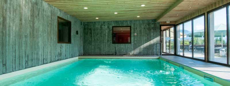 piscine intérieure chauffée résidence chataigniers